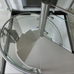 Stahlspindeltreppe1